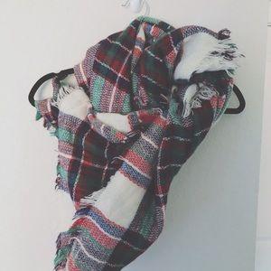 Plaid scarf women's